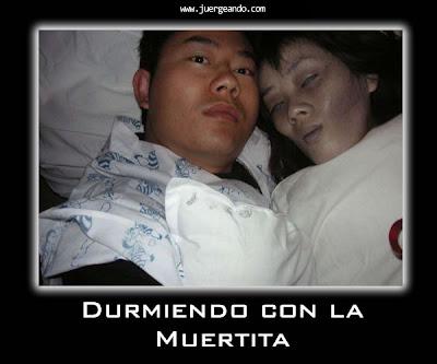 Durmiendo con la muerta