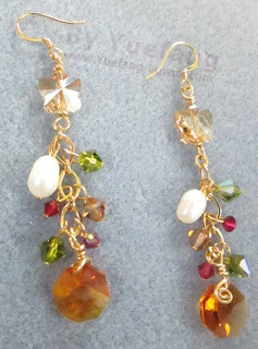Chandelier_earrings_with_one_freshwater_pearl