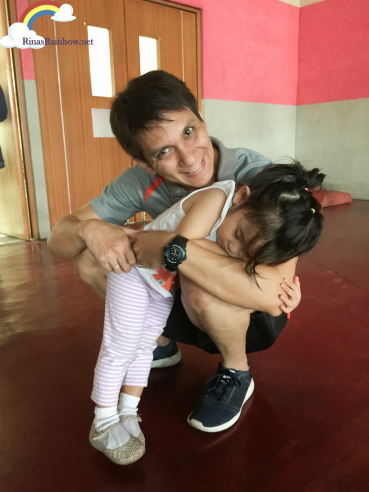coach hug