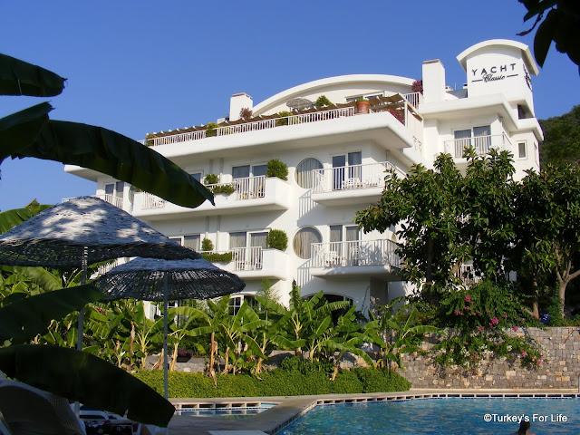 http://4.bp.blogspot.com/-mrnnN2TEZa4/UAzxSafoS3I/AAAAAAAAE6w/yqwVXOcrt1I/s1600/Yacht+Classic+Fethiye+Karagozler.JPG