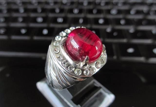 Batu Ruby Ikat Perak