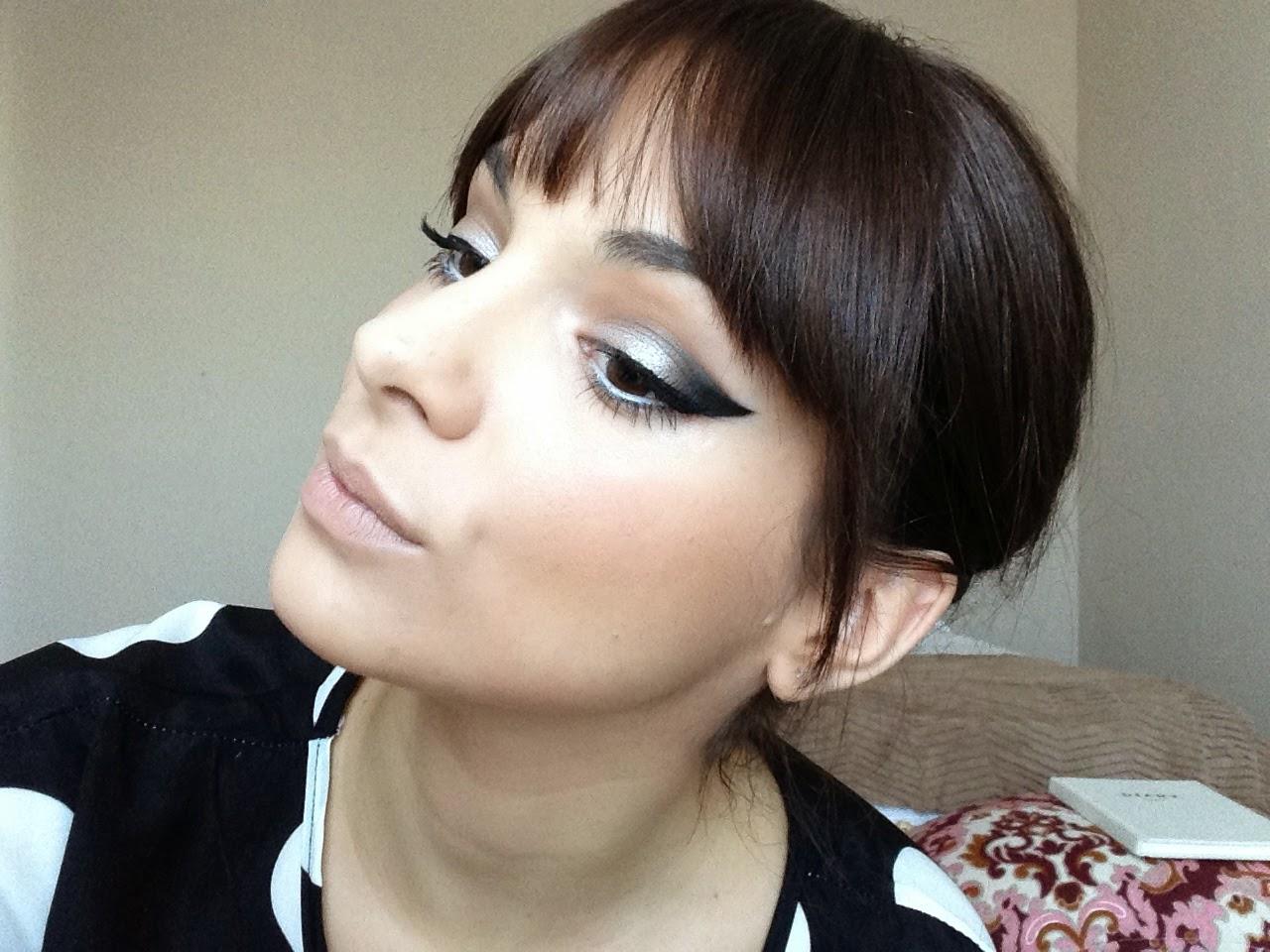 Cómo maquillarse estilo sesentero