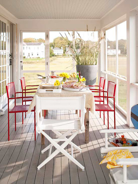 Outdoor Dining Area and Red Chairs