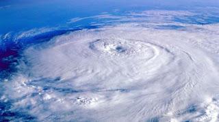 Origen de la diferencia entre huracan y tifon