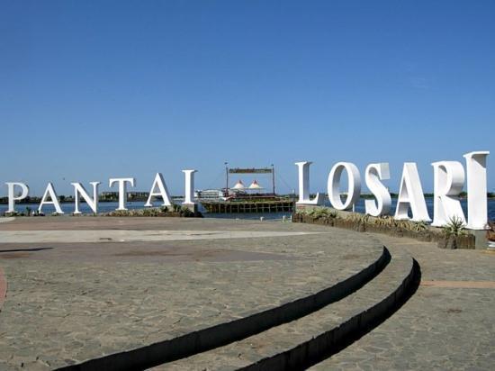 kota di indonesia yang memiliki pantai