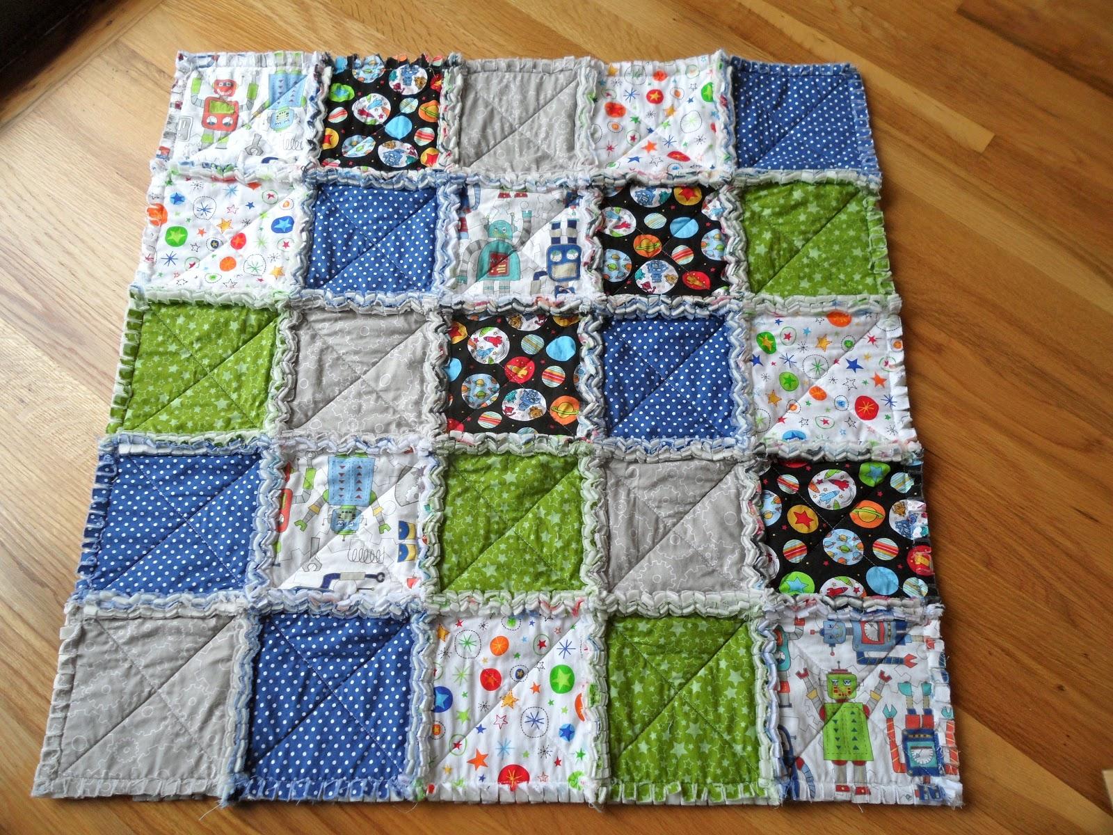 Life in the hempelmann house rag quilt for Robot quilt fabric