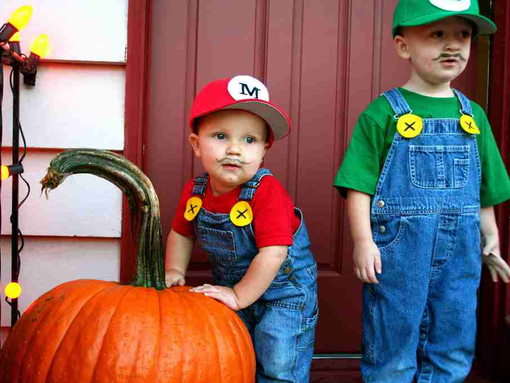 12 cute halloween costume ideas for kids geeky pinas for Children s halloween costume ideas