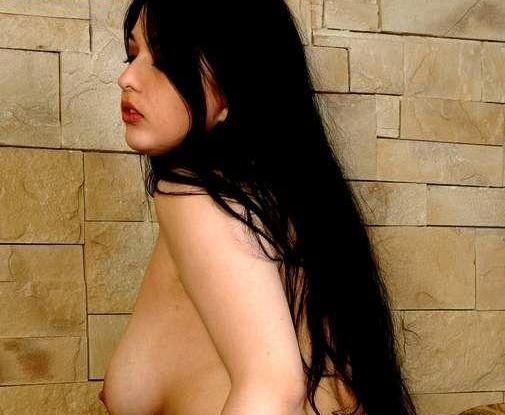 hot muslim wife nude images