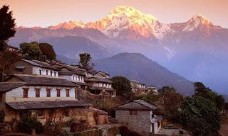 Ghandruk+Nepal+Annapurna+Region+Trekking+route