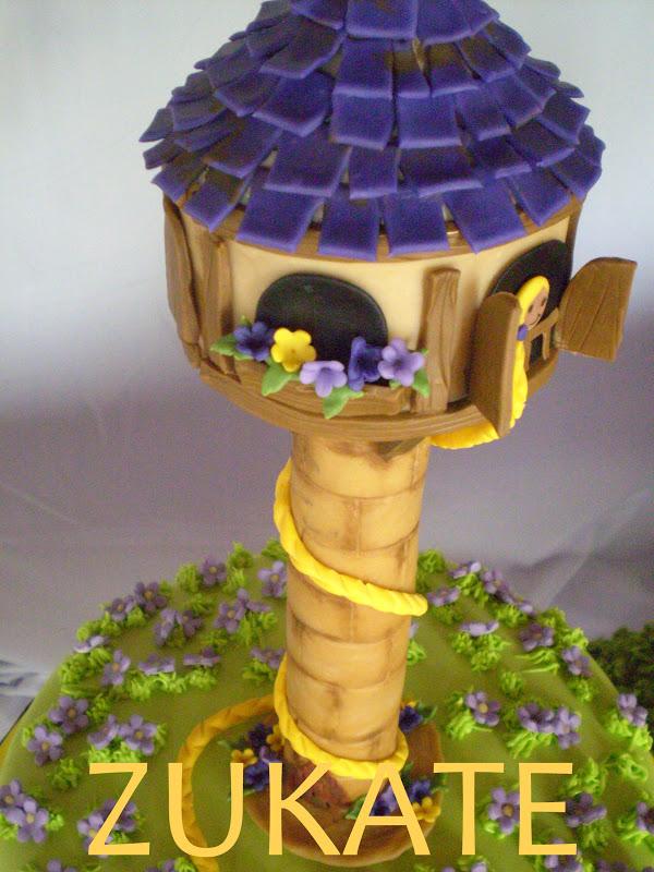 La Torre De Rapunzel En Porcelana Fr  A