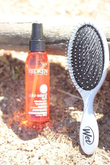photo-redken-color_extend_sun-reflective_sun-spray_potenciador_brillo-cepillo_wet-brush