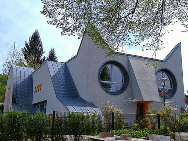 Architecture 01-na-alemanha-escola-tem-formato-de-gato