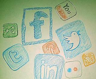 Tips Etika dalam Menggunakan Sosial Media