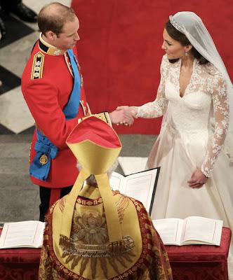 kate middleton fashion dress_04. kate middleton and prince