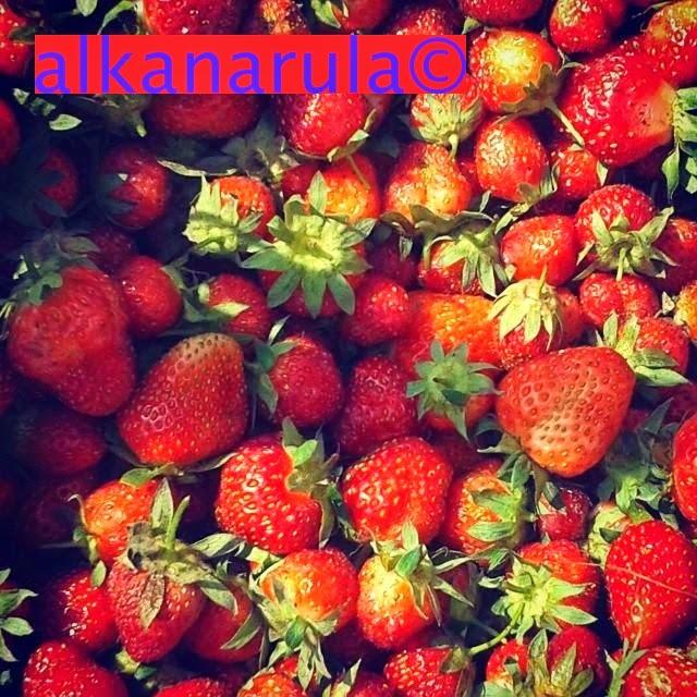 astrawberrytreat-alkanarula.jpg