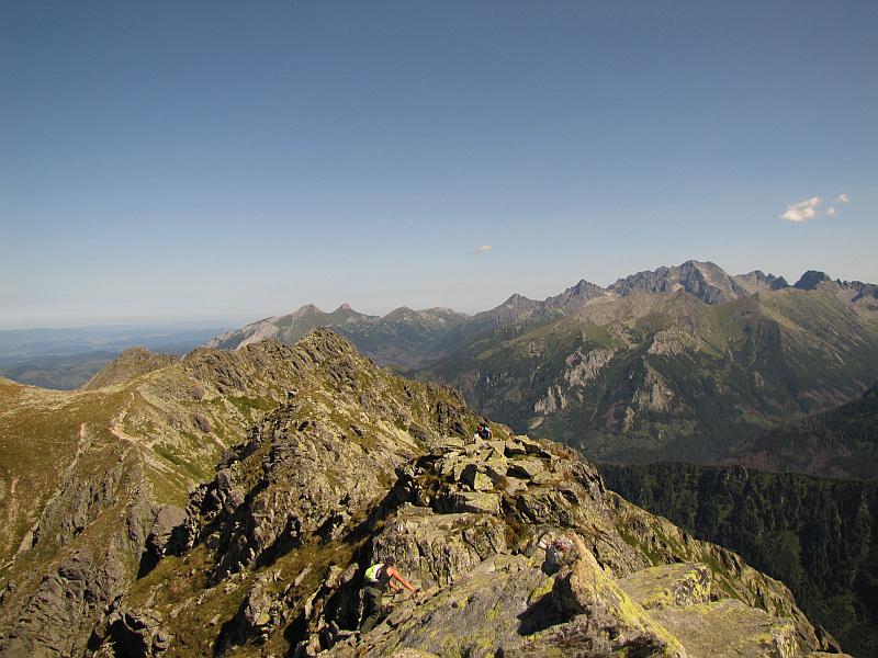 Panorama z Małej Buczynowej Turni na wschód.
