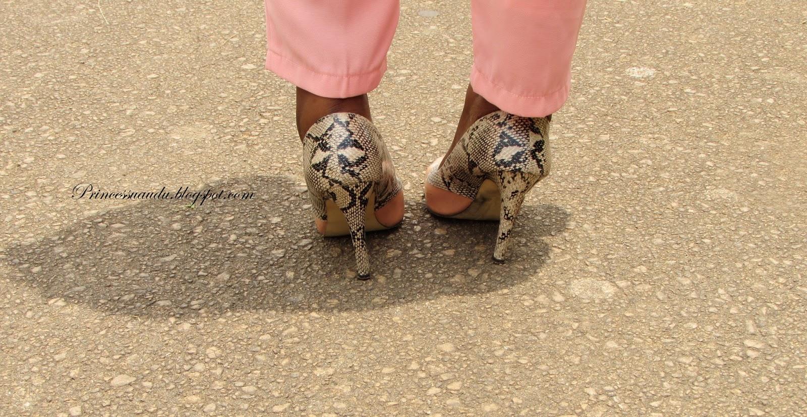 shoes, court shoes