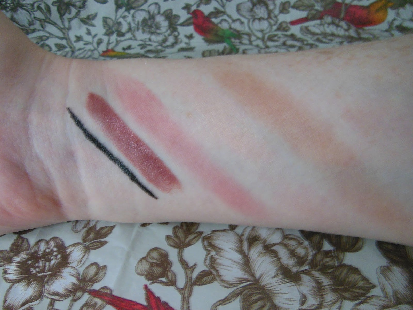 Pur Minerals Bare It All collection swatches