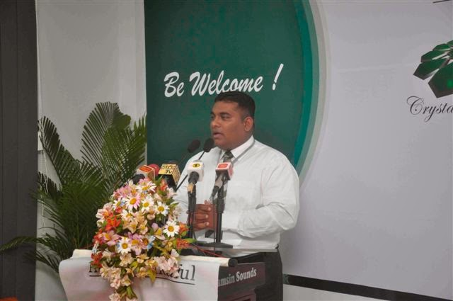 Branch Manager-Pushpitha Jayasekara addressing the gathering.jpg