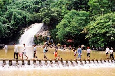 Cho thuê xe du lịch 16 chỗ  đi Thiên Sơn Suối Ngà - Khoang Xanh