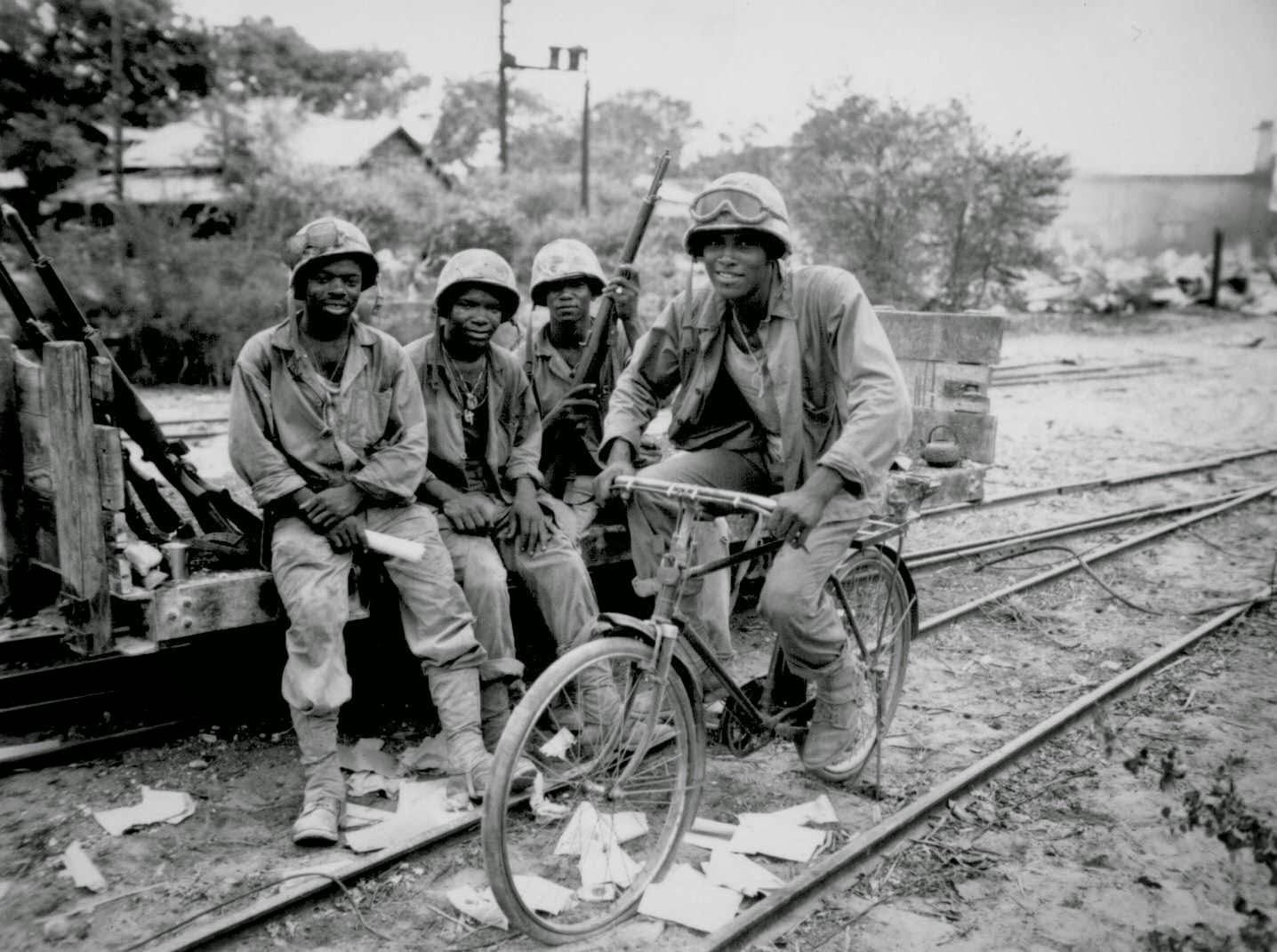 Montford Point Marines: Forgotten First Black Marines ...
