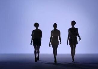 tres siluetas de chicas cientificas en escandalo