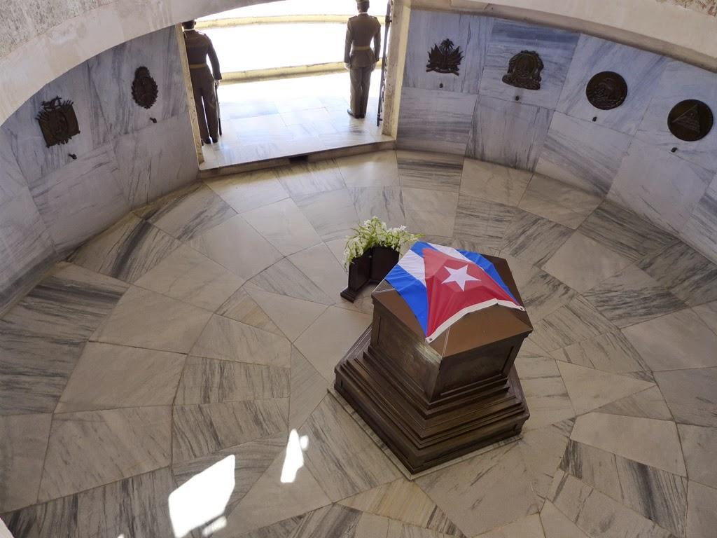 Santiago de Cuba Mausoleo a Jose Marti
