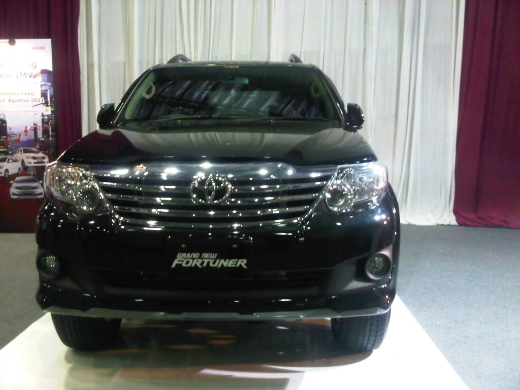 Best Toyota Fortuner Wallpapers Part 8 Best Cars Hd Wallpapers