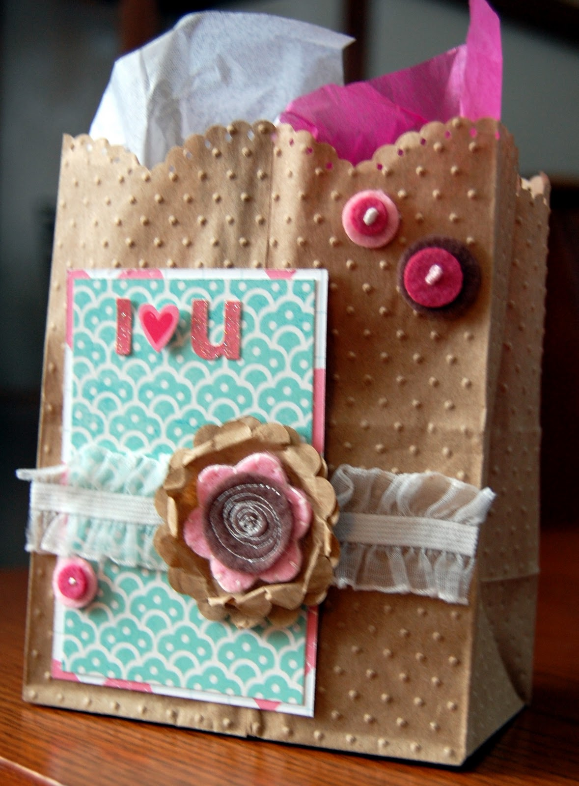 Ideas for Scrapbookers: Embossed Goodie Demo