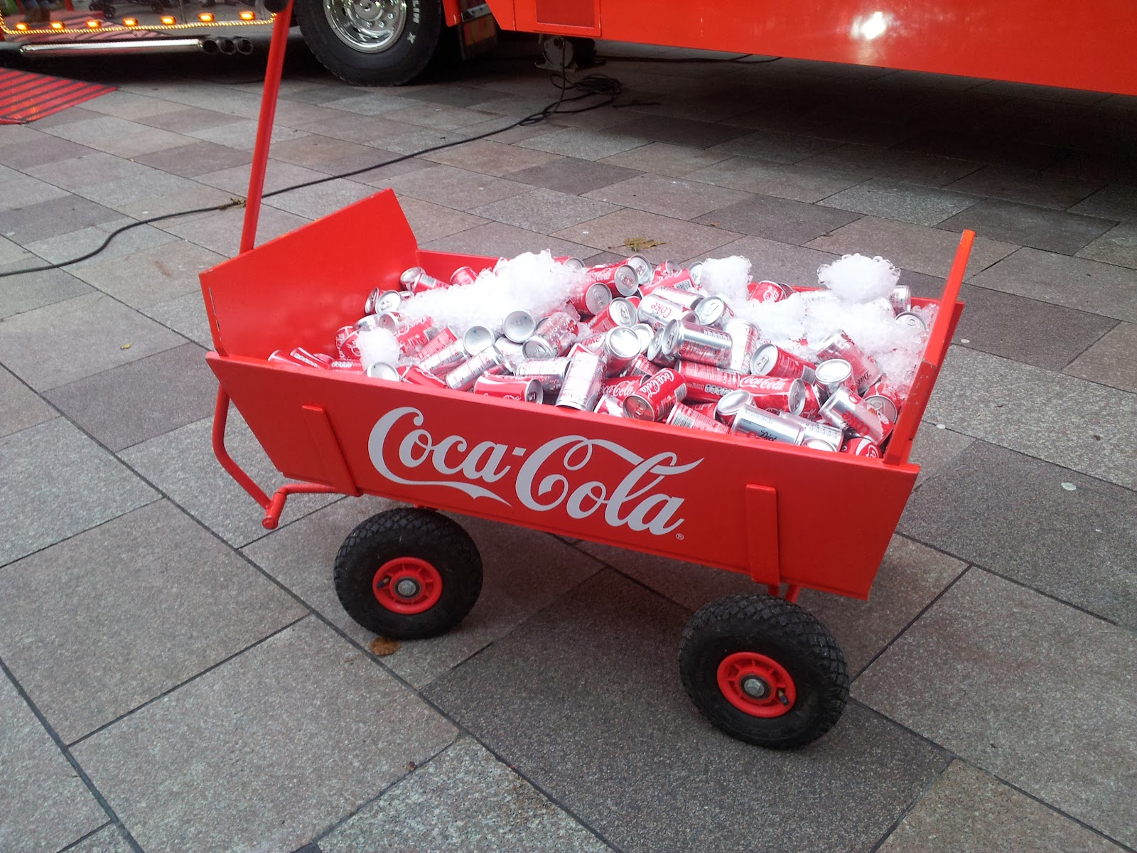 Kids at Coca-Cola Christmas Truck