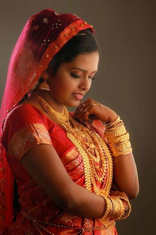 New Kerala Muslim Wedding Saree Latest Collections Jewellery Designs
