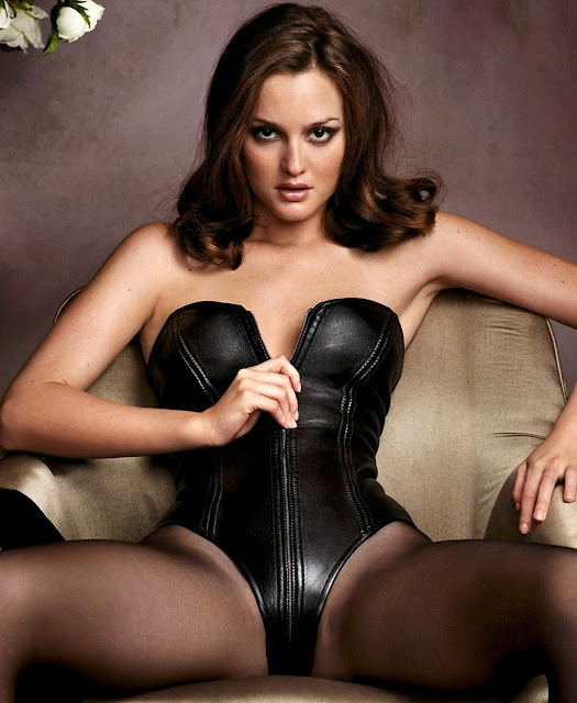 Leighton Meester sexy hot nude naked boobs legs beautiful