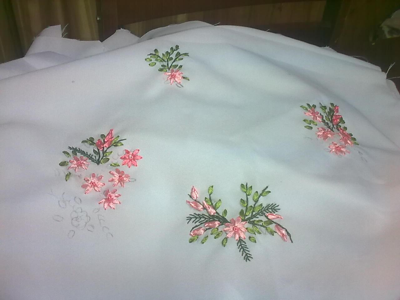 Set De Baño En Cinta:Bordados En Cinta: flores bordadas en cinta