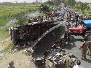 Accidente entre dos buses deja 32 muertos en Sudán