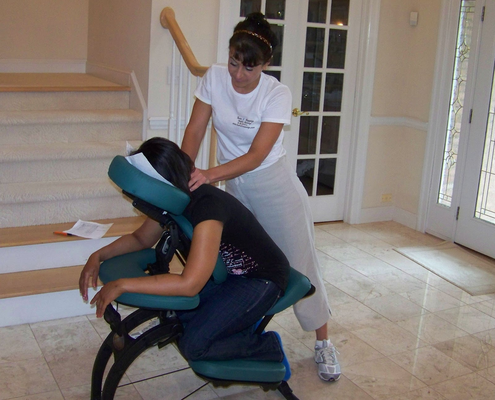 Chair massage in atlanta for Chair massage