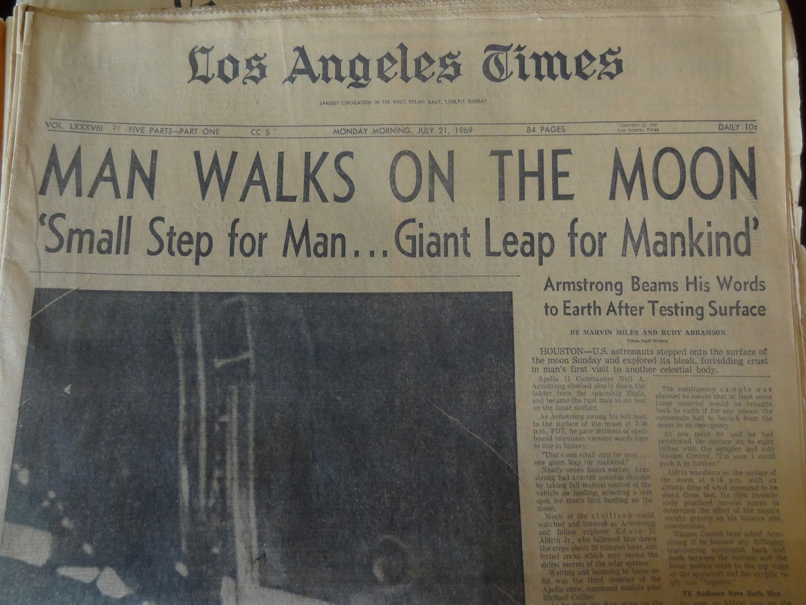 John herzig toland herzig famous endings remembering the man he set the first step on the moon on july 21 1969 and would soon speak those famous yet unprepared words thats one small step for man and one giant leap aiddatafo Choice Image