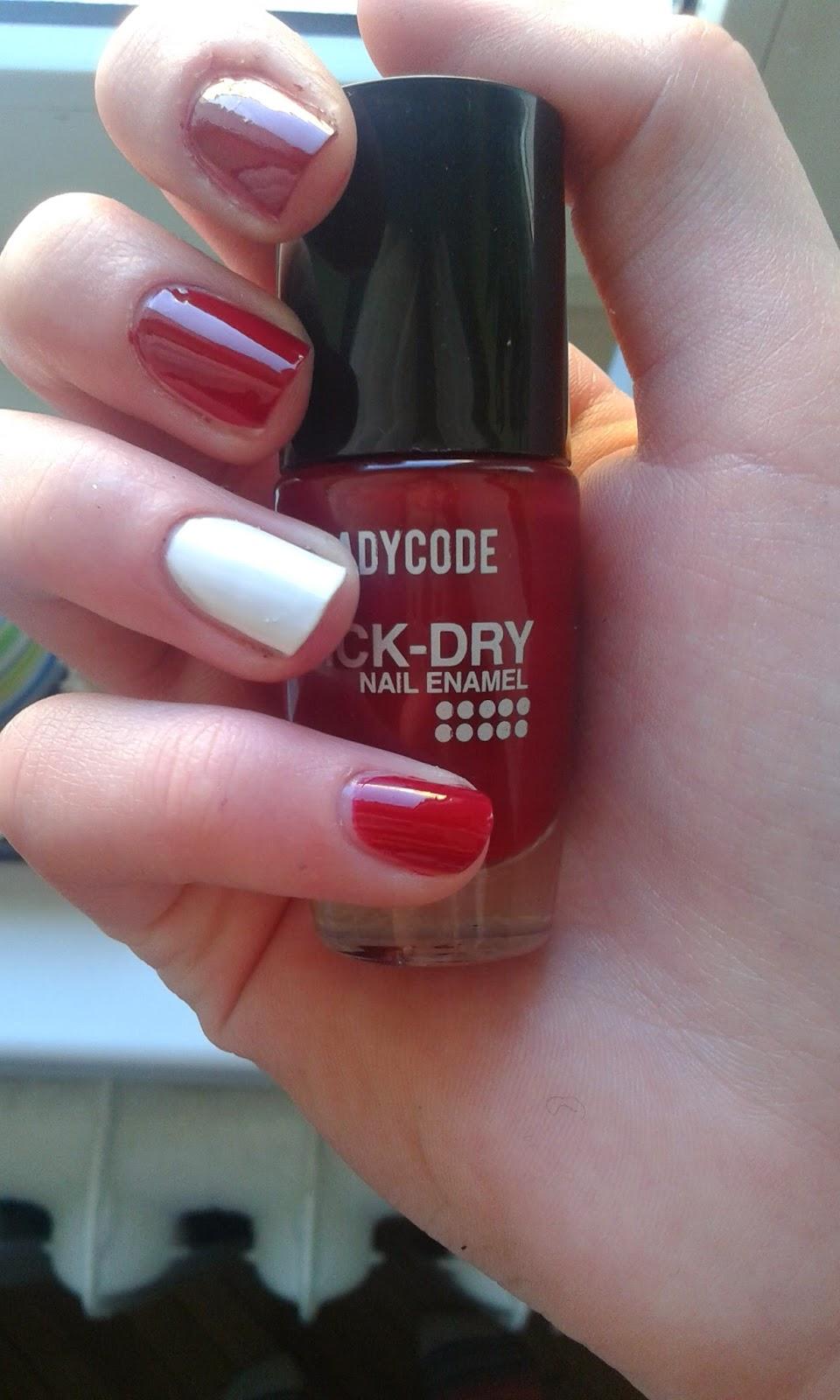 Jedyna czerwień,która u mnie gości czyli LadyCode quickdry