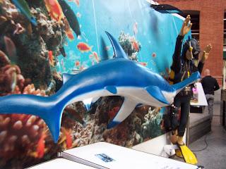Estación de Atocha - SOS Tiburones, noviembre 2013 - www.ocioenfamilia.com