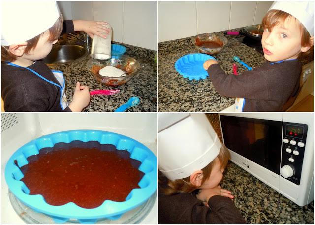 Asturias con niños: Cocinando un pastel de chocolate