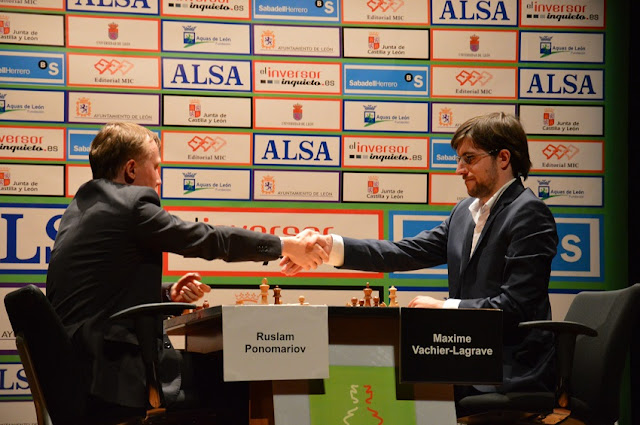 Maxime Vachier-Lagrave se impuso a Ruslam Ponomariov en la primera semifinal