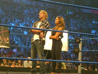 WWE تكرم المصارع الأسطوري إيدج في سماك داون...شاهد الصور  899