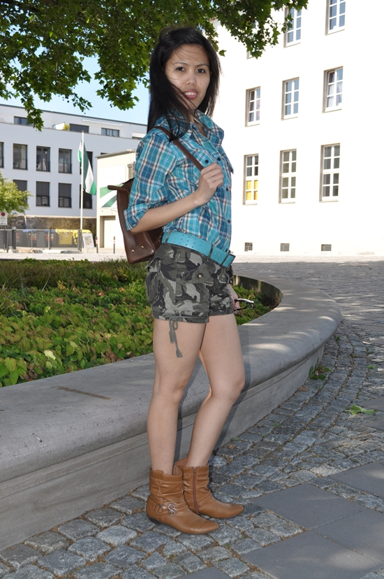 plaid shirt with military shorts women outfit