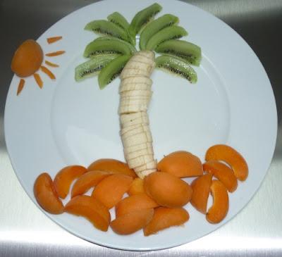 Palmier avec des fruits