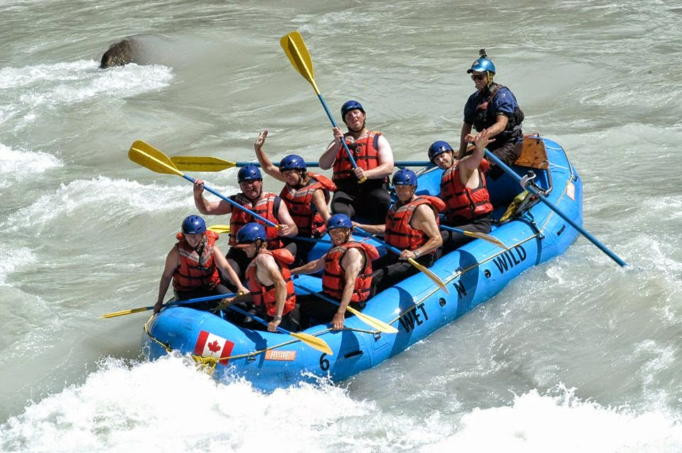 Wet N Wild White Water Rafting on the Kicking Horse