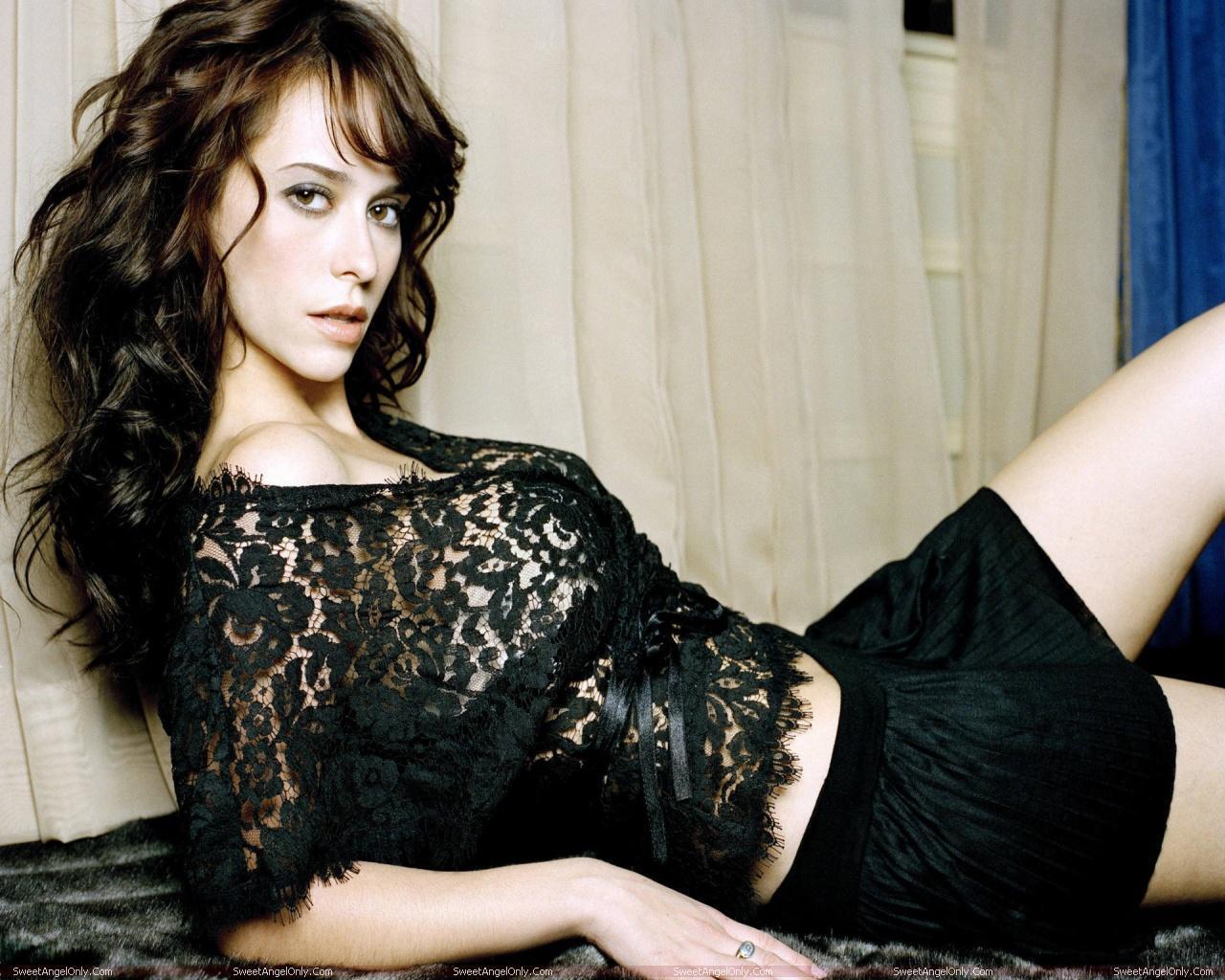 http://4.bp.blogspot.com/-mxH0zT02n0o/TW42jXiS9fI/AAAAAAAAE2A/at4JDR10Cl8/s1600/actress_jennifer_love_hewitt_hot_wallpapers_in_bikini_sweetangelonly_17.jpg