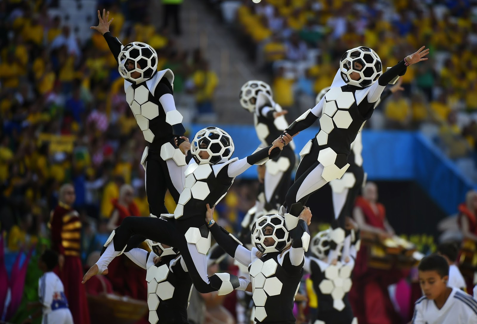 Artist, Brazil, Claudia Leitte, FIFA Kick off, FIFA Opening Ceremony, FIFA World Cup, FIFA World Cup 2014, Football, Jennifer Lopez, Opening Ceremony, Pitbull, Pitbull and Claudia Leitte, Sports, World Cup, Showbiz,