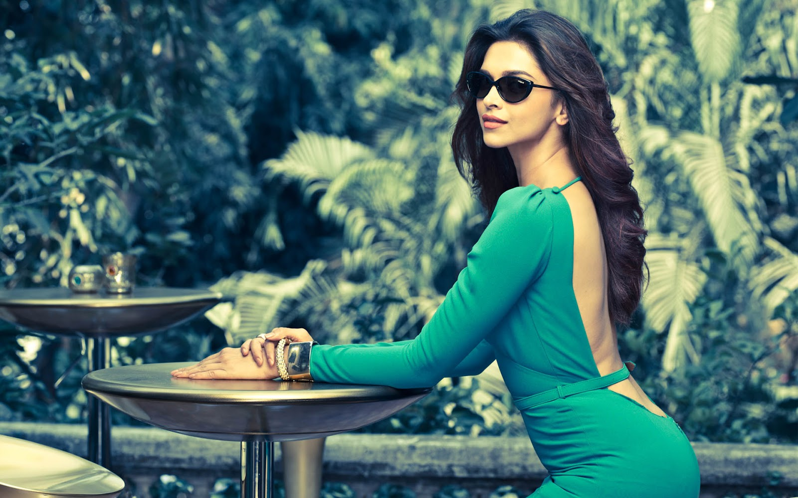 Celebrity-Wallpaper: Dipika Padukone Wallpapers