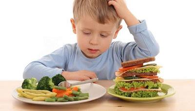 Mengatasi-anak-susah-makan-nasi