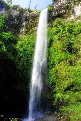 Air terjun coban rondo Tempat Bulan Madu | Honeymoon di Malang yang Romantis