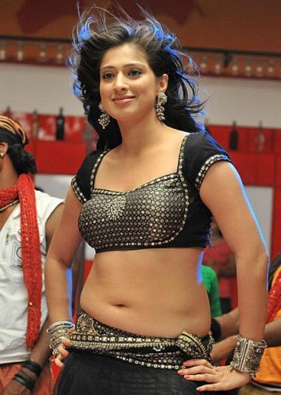 Lakshmi+rai+hot+showing+belly